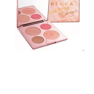Becca for Chrissy Teigen. Limited Edition